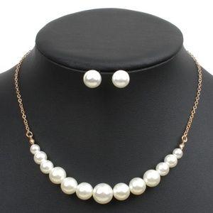 Elegant Pearl Necklace Set